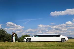 Tolle Hochzeitsbilder mit Hochzeitsauto